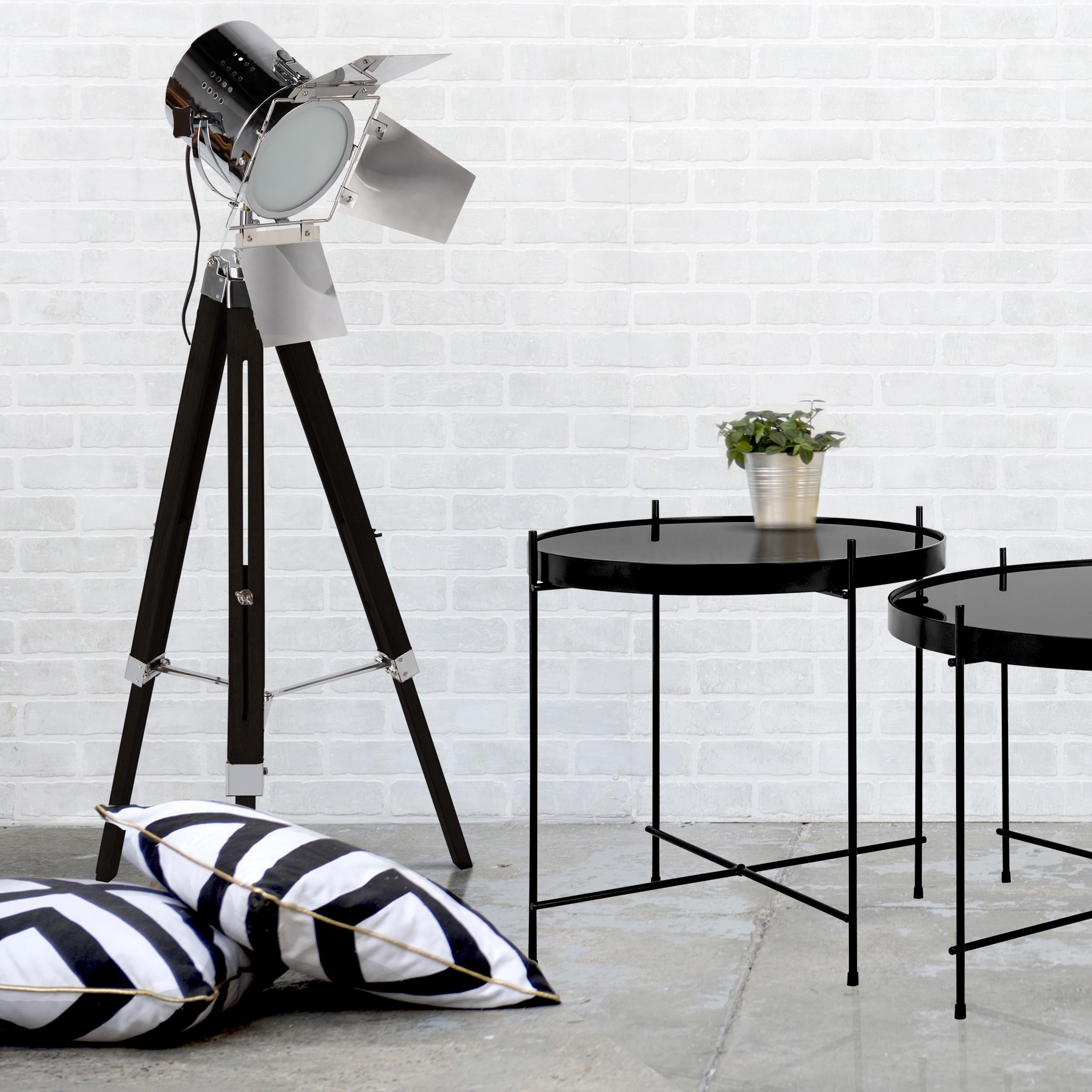 lampadaire cin ma noir commandez nos lampadaires cin ma noirs pas chers rdv d co. Black Bedroom Furniture Sets. Home Design Ideas
