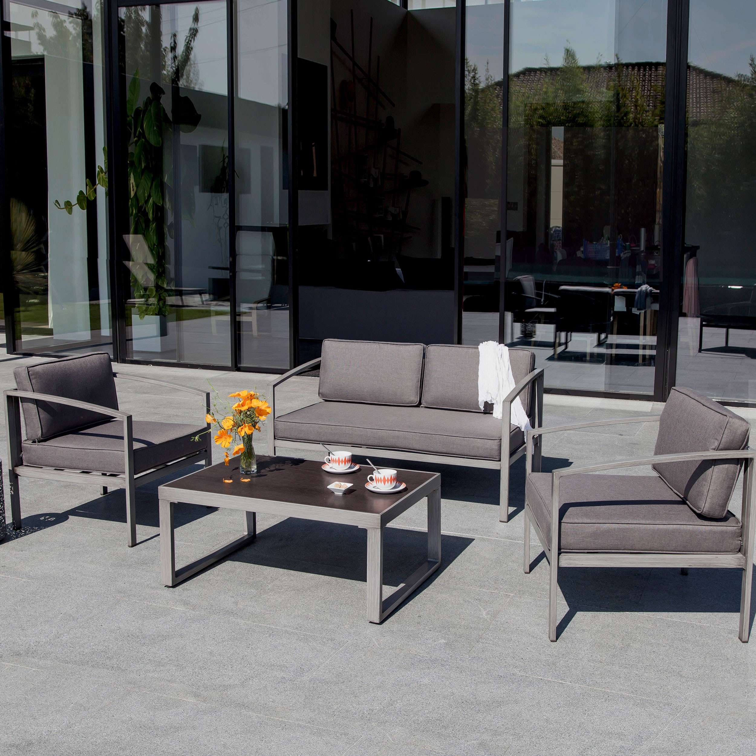 salon de jardin toluca gris installez nos salons de jardin toluca gris chez vous rdv d co. Black Bedroom Furniture Sets. Home Design Ideas