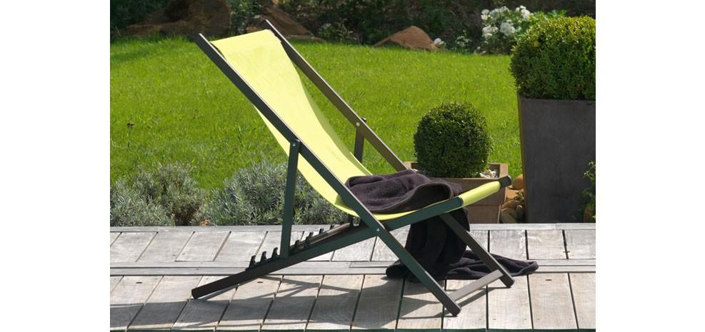 chaise longue calvi verte achetez nos chiliennes vertes design rdvd co. Black Bedroom Furniture Sets. Home Design Ideas