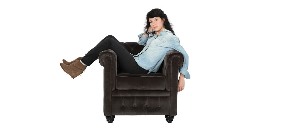 fauteuil chesterfield optez pour le fauteuil en velours rdv d co. Black Bedroom Furniture Sets. Home Design Ideas