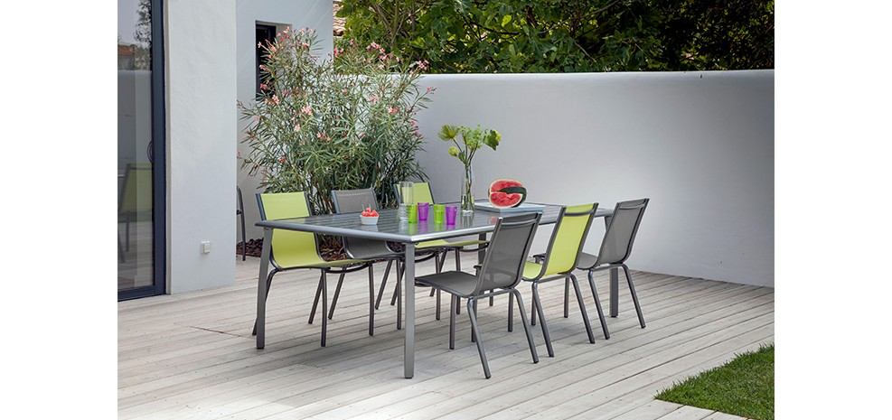 Grande table de jardin grise for Table de jardin metal pas cher