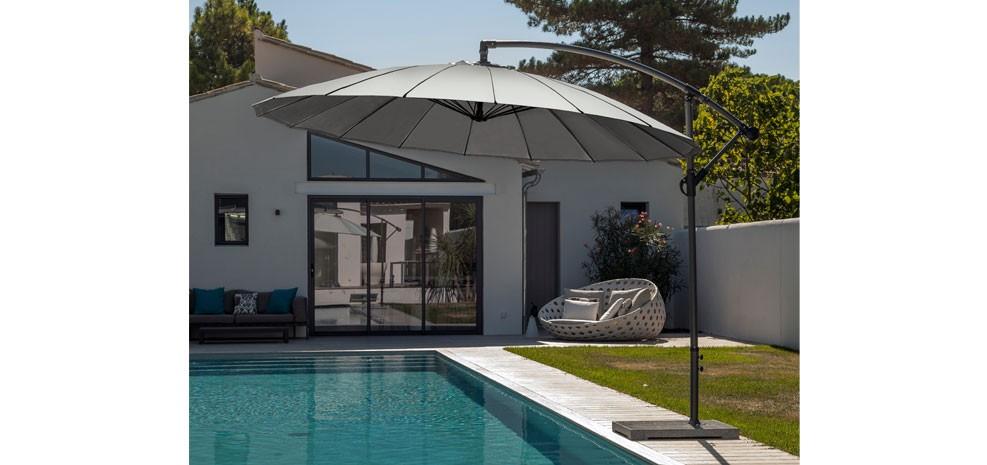 Parasol en aluminium optez pour nos parasols en aluminium design prix min - Parasol mural pas cher ...