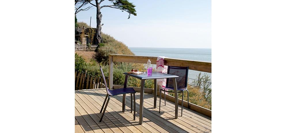 Table de jardin carrée 70 cm Livourne grise : achetez nos tables de ...