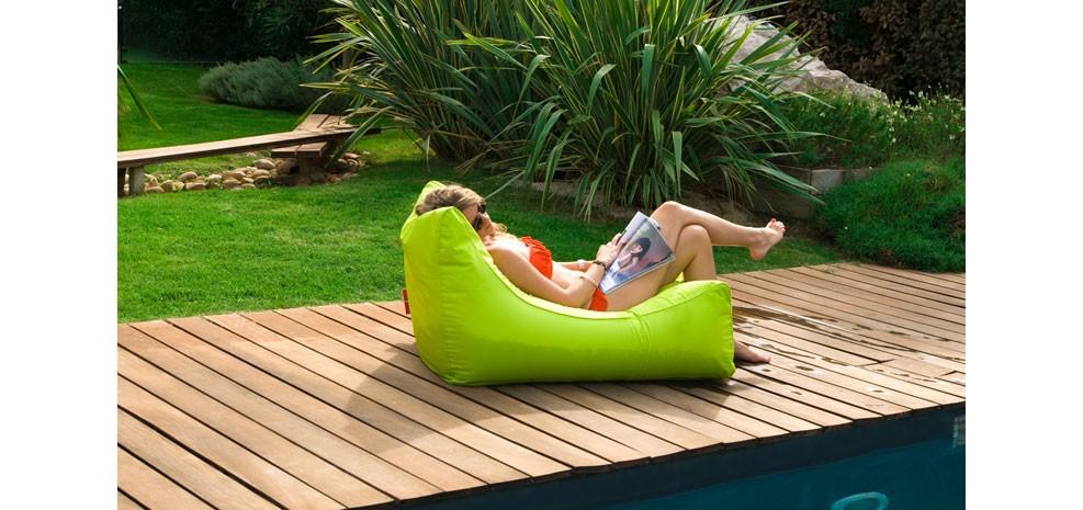 pouf de jardin d couvrez nos poufs de jardin design. Black Bedroom Furniture Sets. Home Design Ideas