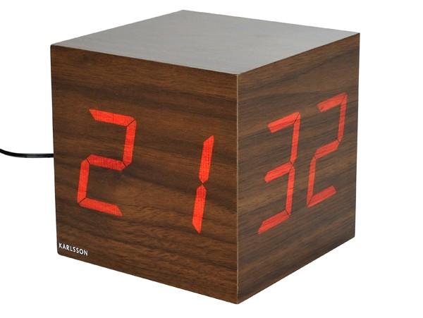 r veil led bois optez pour un reveil naturel rendez vous d co. Black Bedroom Furniture Sets. Home Design Ideas