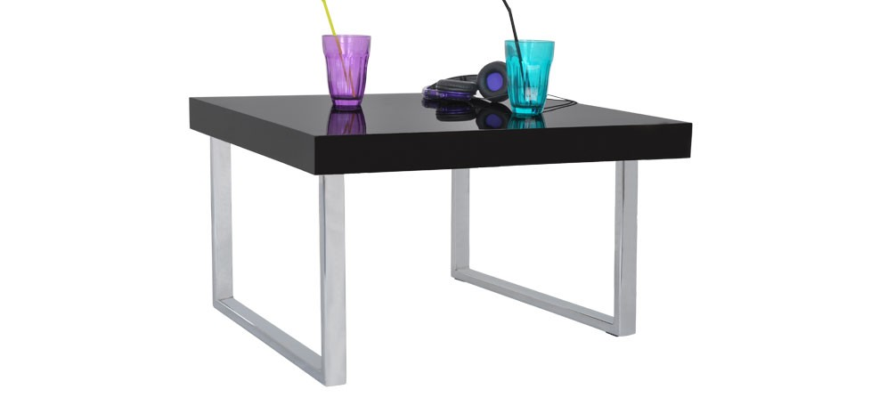 table glossy noire commandez nos tables glossy noires design rdvd co. Black Bedroom Furniture Sets. Home Design Ideas