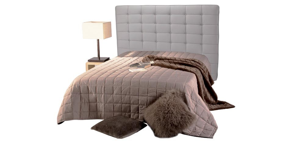 t te de lit chesterfield beige capitonn e pour lit 140. Black Bedroom Furniture Sets. Home Design Ideas