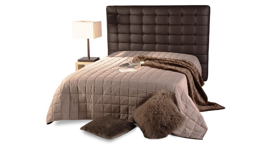 t te de lit chesterfield marron capitonn e pour lit 2 places rdv d co. Black Bedroom Furniture Sets. Home Design Ideas