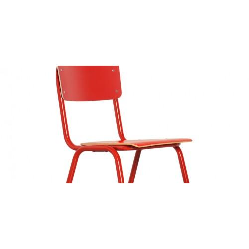 chaise rouge vintage achetez nos chaises rouges vintage rdv d co. Black Bedroom Furniture Sets. Home Design Ideas