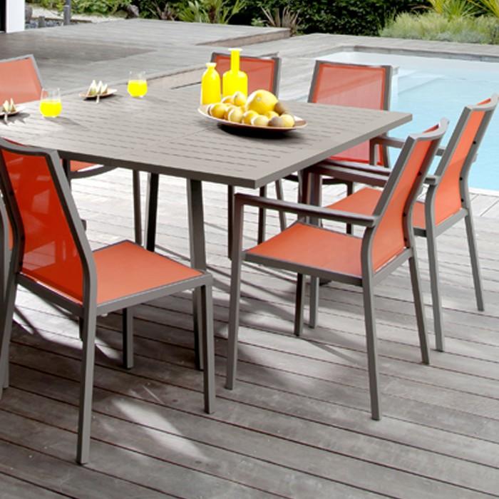 achat chaise empilable orange de jardin