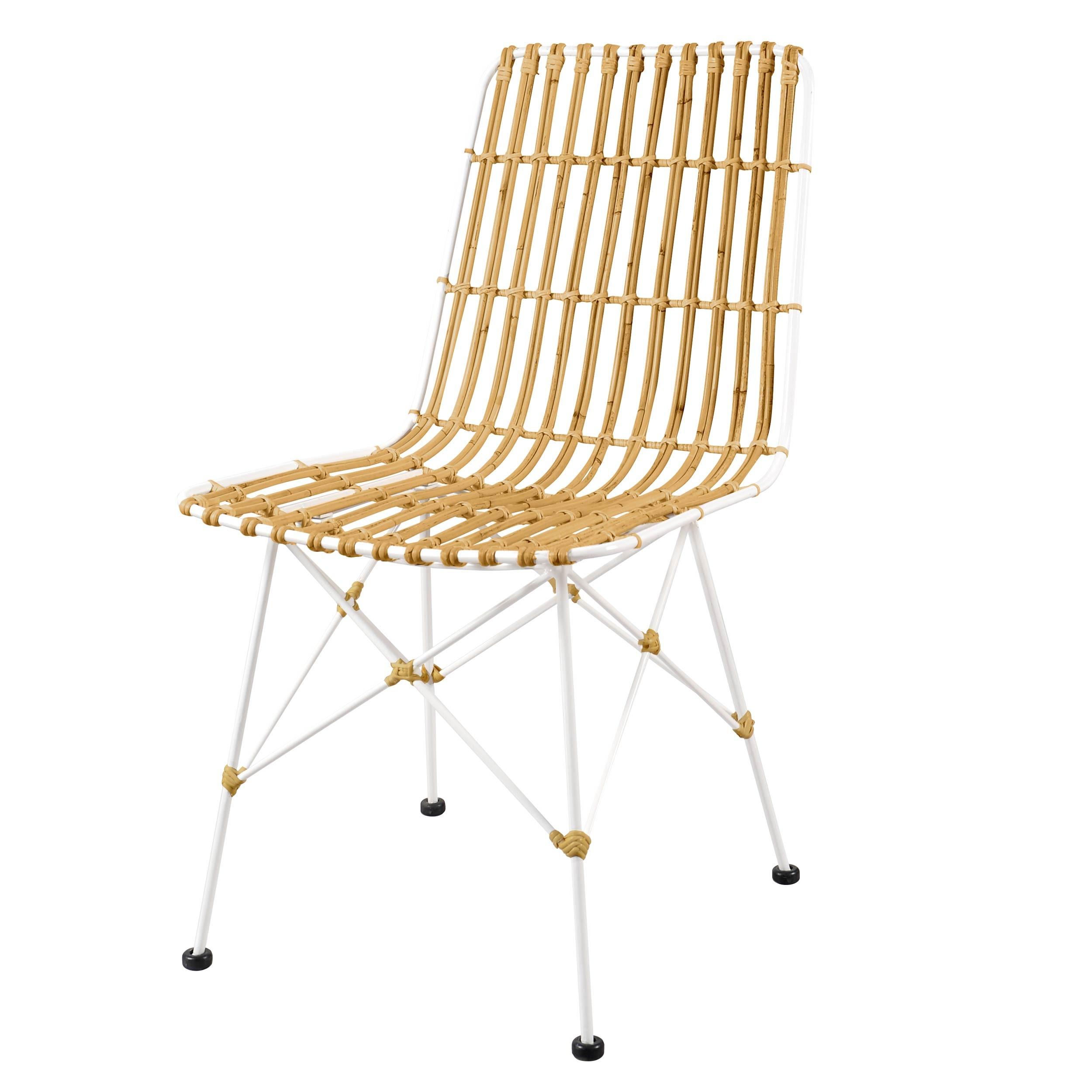 chaise en rotin blanc | champagneandbeyond1