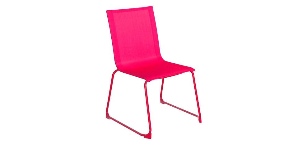 chaise empilable rose craquez pour nos chaises empilables roses petit prix rdv d co. Black Bedroom Furniture Sets. Home Design Ideas