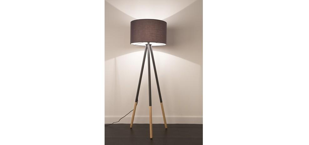lampadaire highland gris fonc illuminez le s jour avec. Black Bedroom Furniture Sets. Home Design Ideas