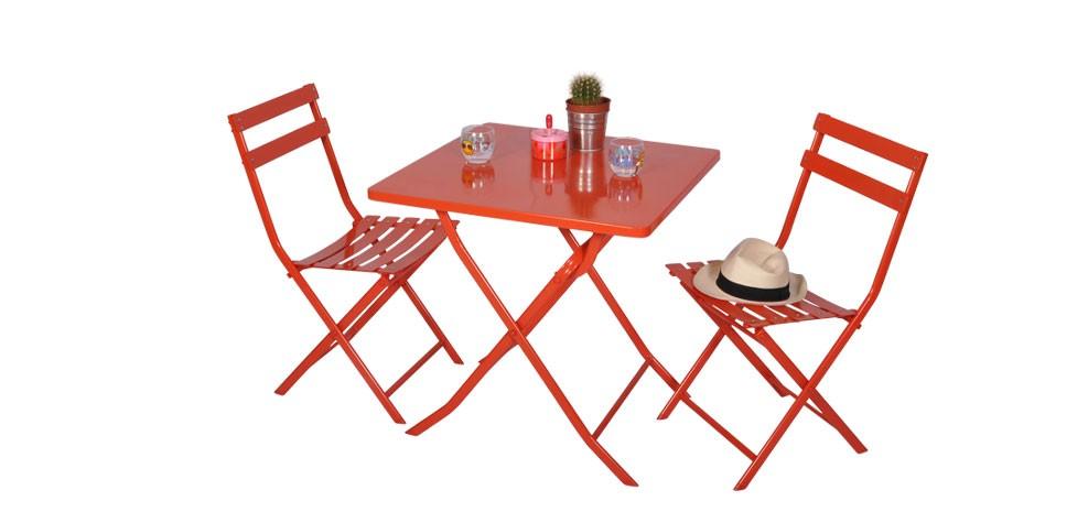 Table et 4 chaises Balcony rouges