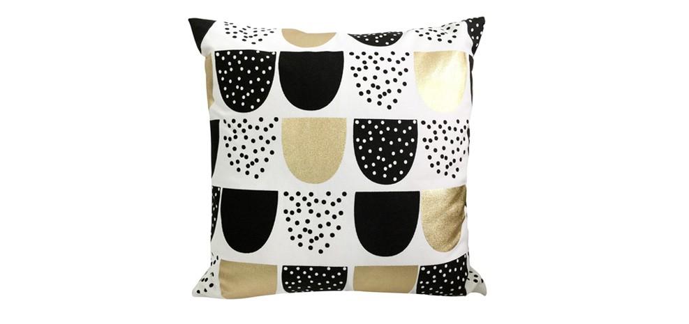 coussin deco pas cher good coussin x cm graphique blanc. Black Bedroom Furniture Sets. Home Design Ideas